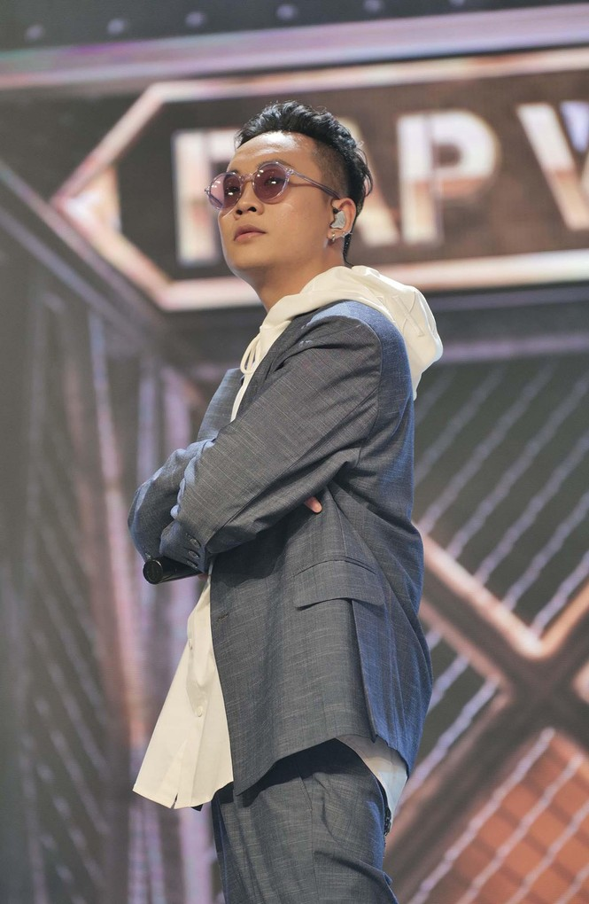 Vừa tỏa sáng với Rap Việt, JustaTee đã khoe tin vui mới khiến khán giả chúc mừng tới tấp - ảnh 3