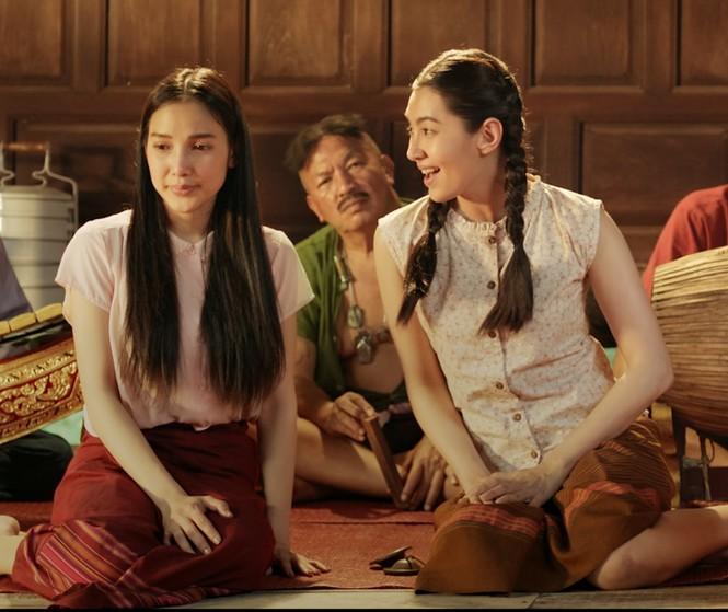 """""""Nữ quái nổi loạn"""", phía sau tiếng cười là nỗi buồn khi mãi là cái bóng của người khác - ảnh 2"""