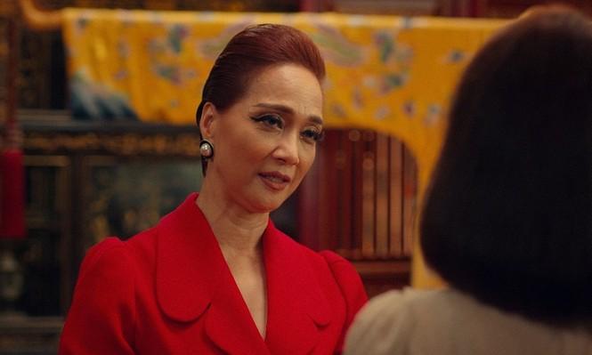 """NSND Lê Khanh nhận mình là tiểu tam, tát Kaity Nguyễn trong trailer """"Gái già lắm chiêu V"""