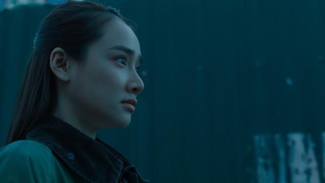Bỏ qua sự cố òa khóc vì đến muộn, Nhã Phương vẫn ghi điểm trong trailer phim mới - ảnh 3