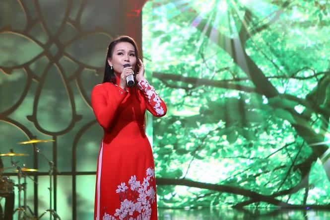 Ca sĩ Cẩm Ly trở lại Vpop sau thời gian điều trị mất giọng - ảnh 1