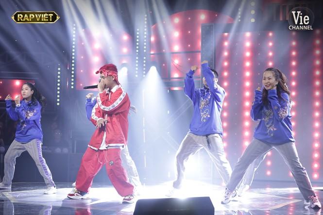 Trận đấu nảy lửa, lộ diện những cái tên đầu tiên vào chung kết Rap Việt - ảnh 3