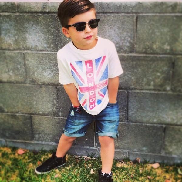 Cậu bé 4 tuổi sành điệu như hot boy - ảnh 12