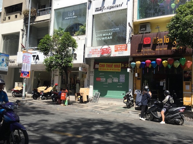 Mặt bằng 'tiền tỷ' bỏ hoang ở Sài Gòn vì dịch Covid-19 - ảnh 4