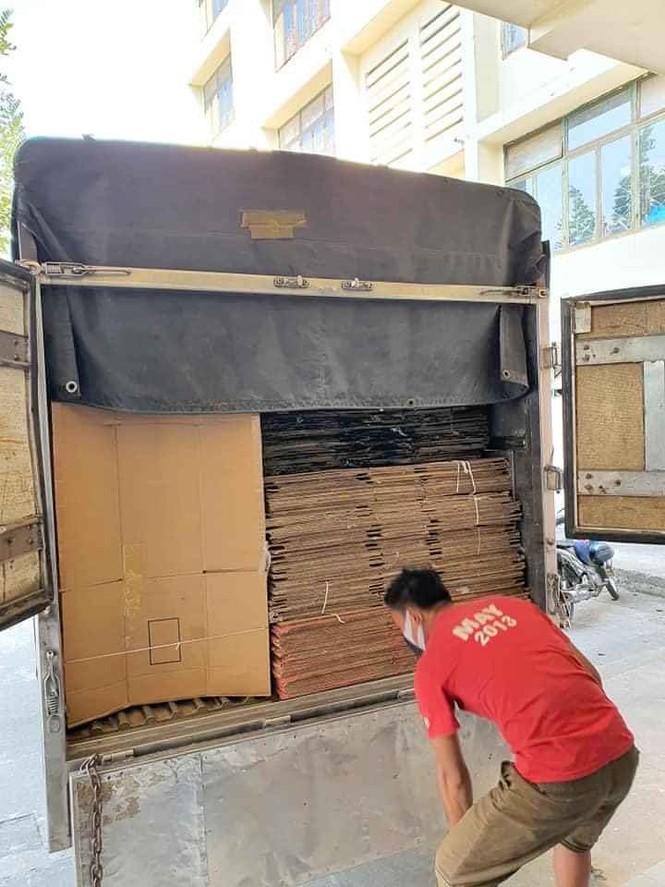50.000 thùng carton đóng đồ cho sinh viên ký túc đón người cách ly Covid-19 - ảnh 7