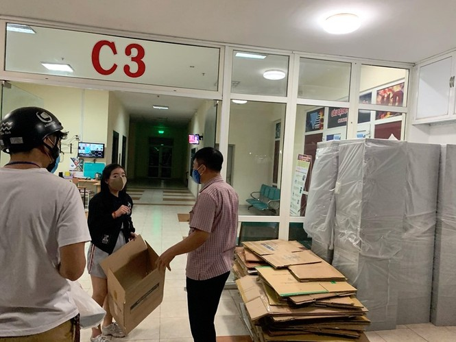 50.000 thùng carton đóng đồ cho sinh viên ký túc đón người cách ly Covid-19 - ảnh 14