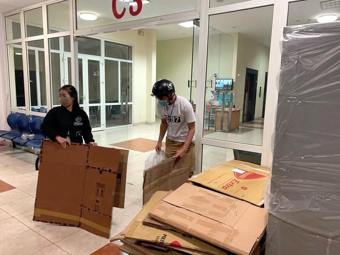 50.000 thùng carton đóng đồ cho sinh viên ký túc đón người cách ly Covid-19 - ảnh 13