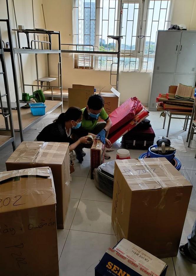 50.000 thùng carton đóng đồ cho sinh viên ký túc đón người cách ly Covid-19 - ảnh 19