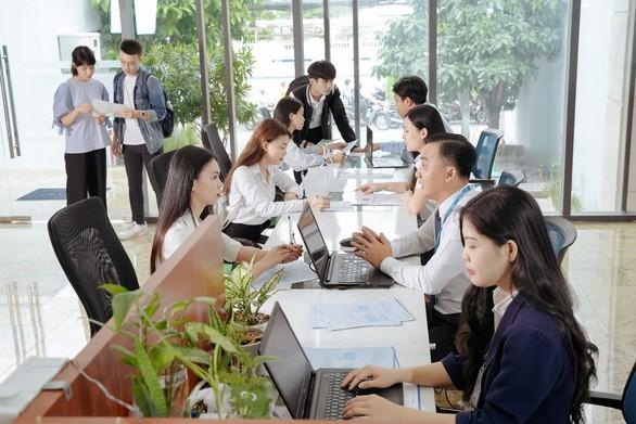 Trường ĐH Văn Hiến giảm 20% học phí cho tân sinh viên - ảnh 1