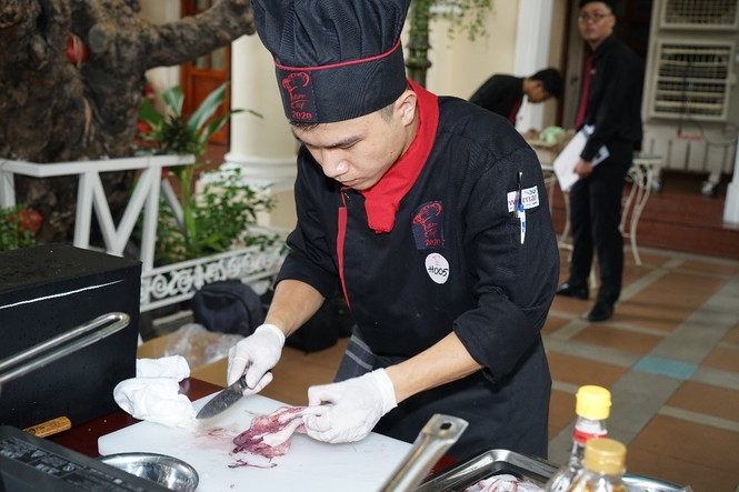 Sinh viên trường ĐH Hoa Sen nâng tầm ẩm thực Việt - ảnh 1