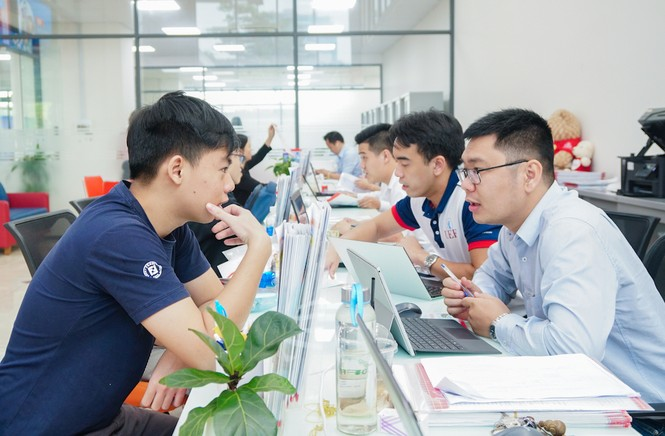 Trường ĐH Kinh tế Tài chính TP. HCM công bố điểm nhận hồ sơ theo kết quả thi tốt nghiệp - ảnh 2