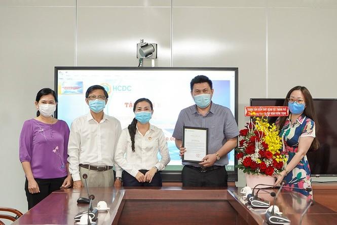 Tập đoàn Hưng Thịnh tặng 2 tỷ đồng cho Trung tâm Kiểm soát bệnh tật TPHCM  - ảnh 2