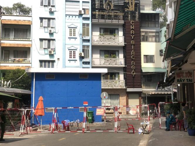 Sinh viên trường ĐH Công nghệ Sài Gòn phải đi khai báo y tế vì BN 1451 - ảnh 2
