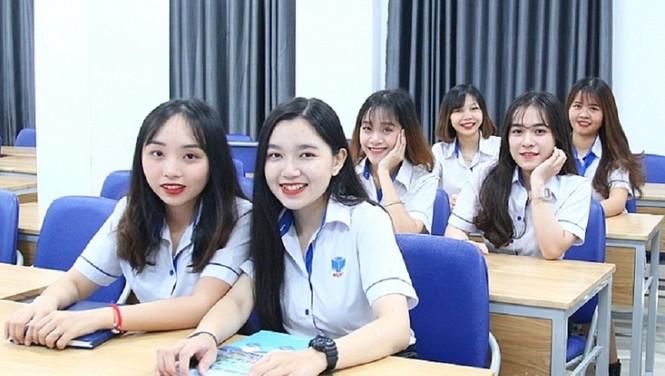 Hàng chục ngàn sinh viên được nghỉ Tết sớm vì dịch COVID-19 - ảnh 1