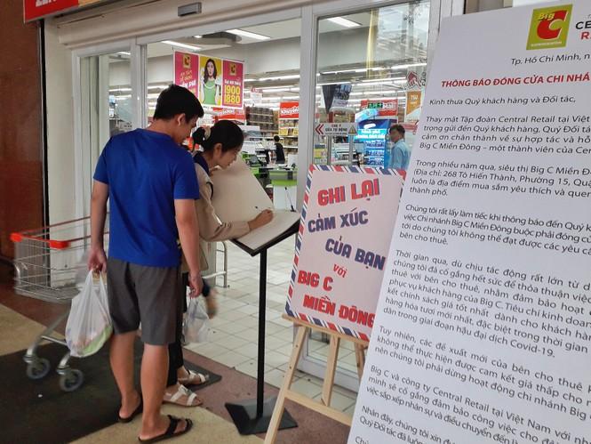 Ngập tràn cảm xúc người dân TP.HCM nói lời chia tay siêu thị Big C miền Đông  - ảnh 8