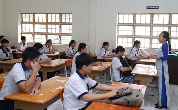 TP.HCM: Hơn 80.000 học sinh tham dự kỳ thi tuyển sinh vào lớp 10 - ảnh 2