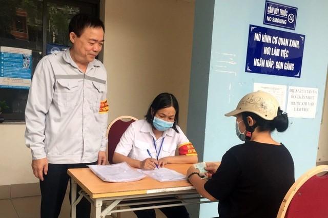 Hà Nội: Quận Ba Đình lập đội bắt chó thả rông - ảnh 3