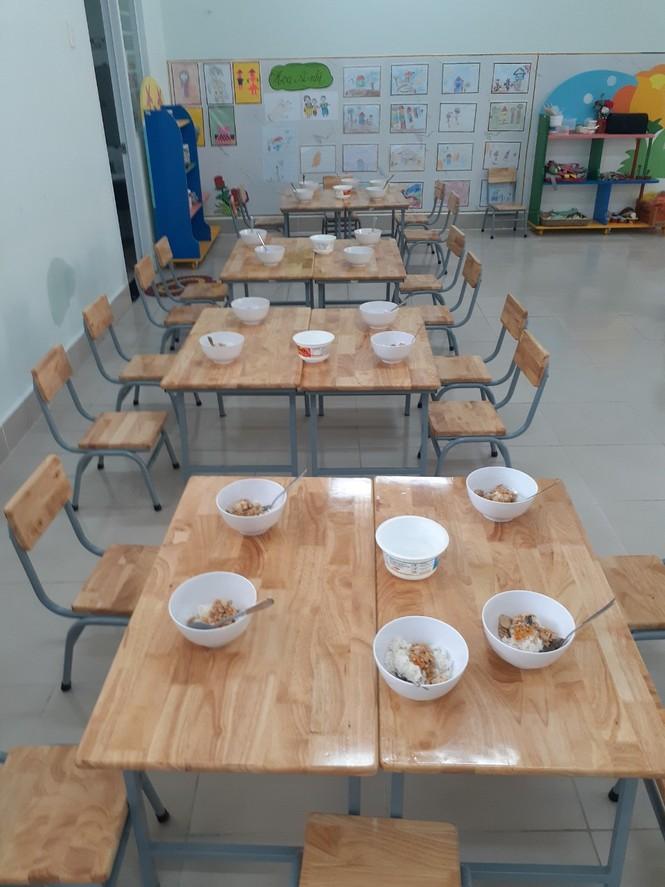 Hàng loạt giáo viên bị kỷ luật vì nhận trẻ vào học 'chui' - ảnh 2
