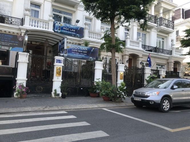 TPHCM: Phong toả một khu dân cư vì có ca nghi mắc COVID-19 - ảnh 3