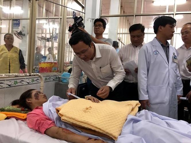 14 nạn nhân vụ tai nạn thảm khốc ở Long An đang được theo dõi tích cực - ảnh 1