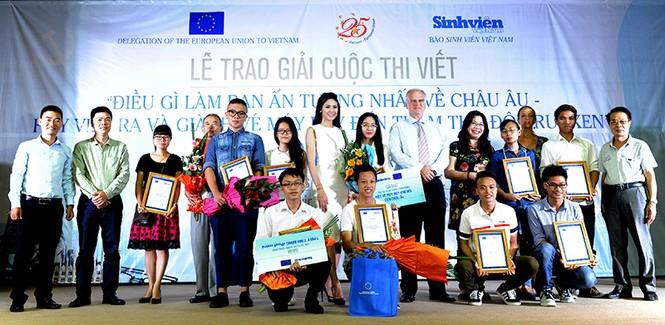 Nữ sinh Điện ảnh giành giải nhất cuộc thi ấn tượng EU - ảnh 6