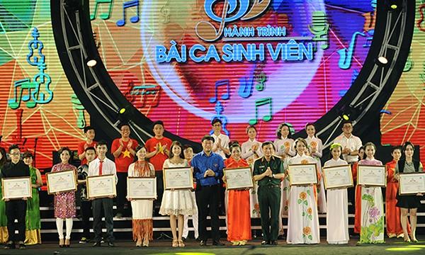 Nữ sinh Thái Nguyên đoạt giải nhất Hành trình Bài ca sinh viên - ảnh 13