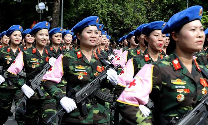 Rạng rỡ nữ chiến sỹ Quân y trong lễ diễu binh - ảnh 5