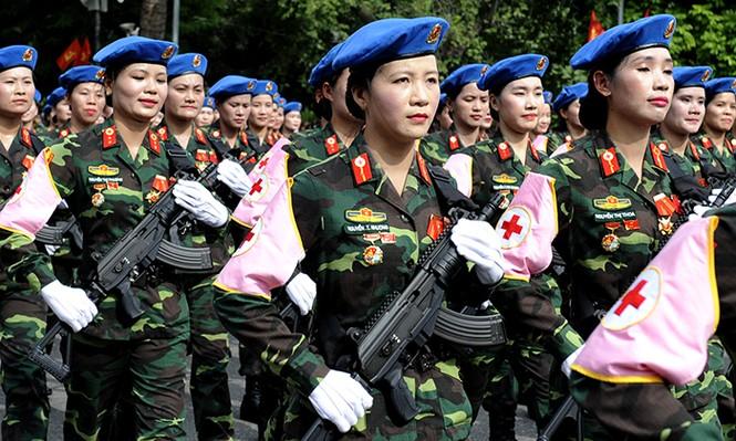 Rạng rỡ nữ chiến sỹ Quân y trong lễ diễu binh - ảnh 4