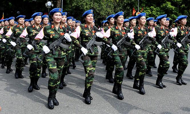 Rạng rỡ nữ chiến sỹ Quân y trong lễ diễu binh - ảnh 3