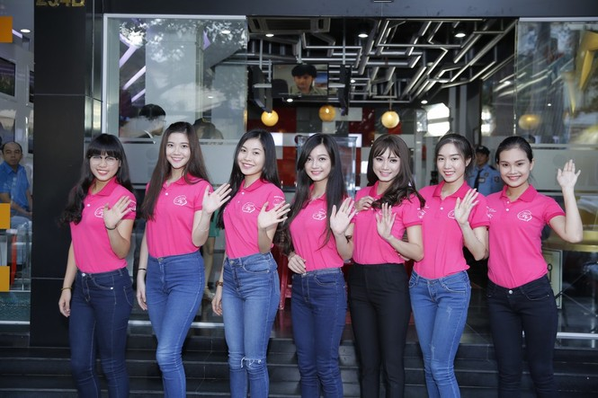 50 nữ sinh duyên dáng hội ngộ tại ngôi nhà chung - ảnh 7
