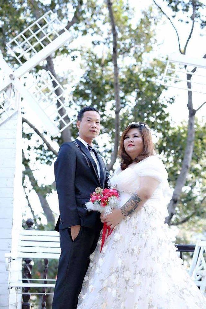 Những đám cưới lạ của cặp đôi 'dậy sóng' cộng đồng mạng năm 2017 - ảnh 3