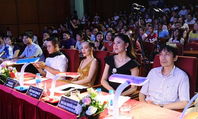 Cặp đôi đẹp nhất giành giải Hoa khôi - Nam vương Giao thông vận tải - ảnh 1