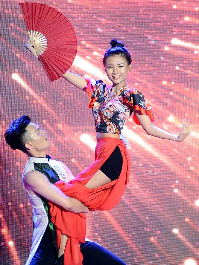 Cặp đôi đẹp nhất giành giải Hoa khôi - Nam vương Giao thông vận tải - ảnh 11