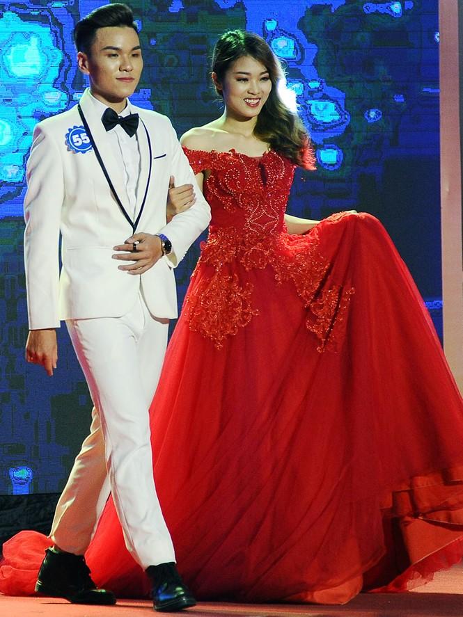 Cặp đôi đẹp nhất giành giải Hoa khôi - Nam vương Giao thông vận tải - ảnh 17