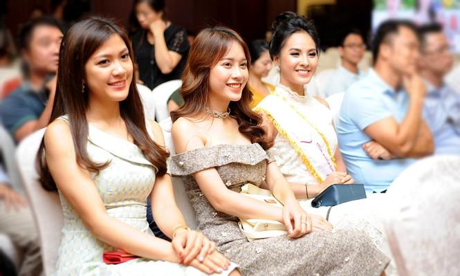 Ngắm dàn Á khôi tụ hội trong lễ phát động 'Hoa khôi Sinh viên Việt Nam - ảnh 3