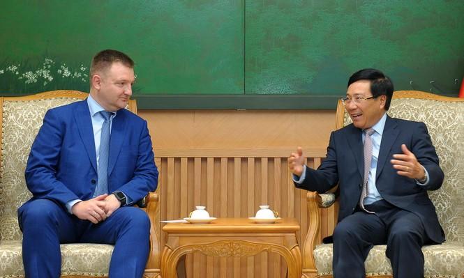 Phó Thủ tướng Phạm Bình Minh tiếp đoàn đại biểu cấp cao thanh niên Nga - ảnh 2