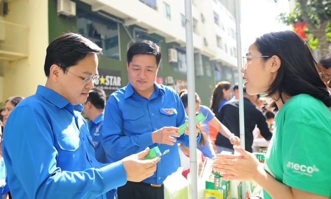 T.Ư Đoàn triển khai mô hình chợ dân sinh, chung cư hạn chế rác thải nhựa - ảnh 10