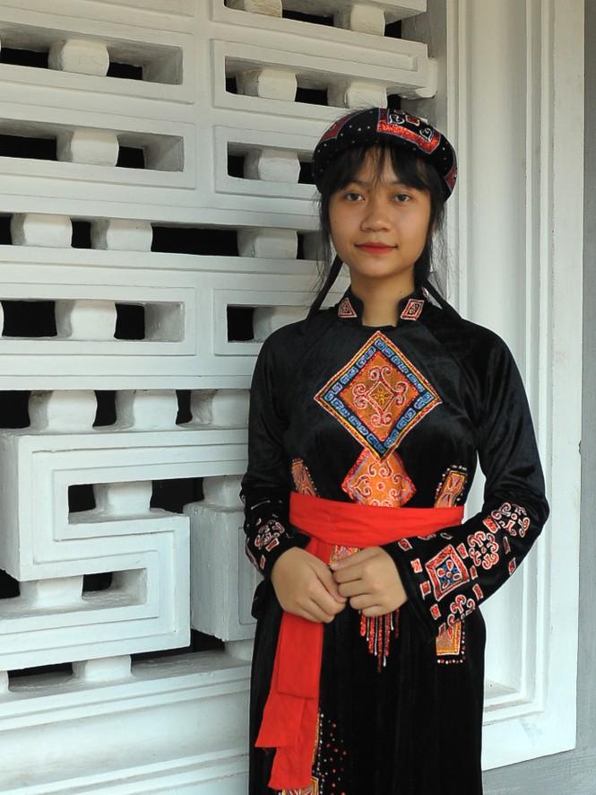 Gặp hai nữ sinh xứ Tuyên xinh xắn, học giỏi - ảnh 2