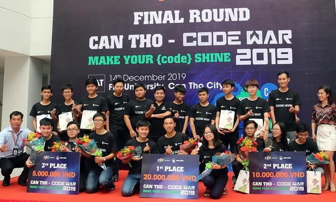 Ba học sinh THPT chiến thắng Codewar Cần Thơ 2019 - ảnh 1