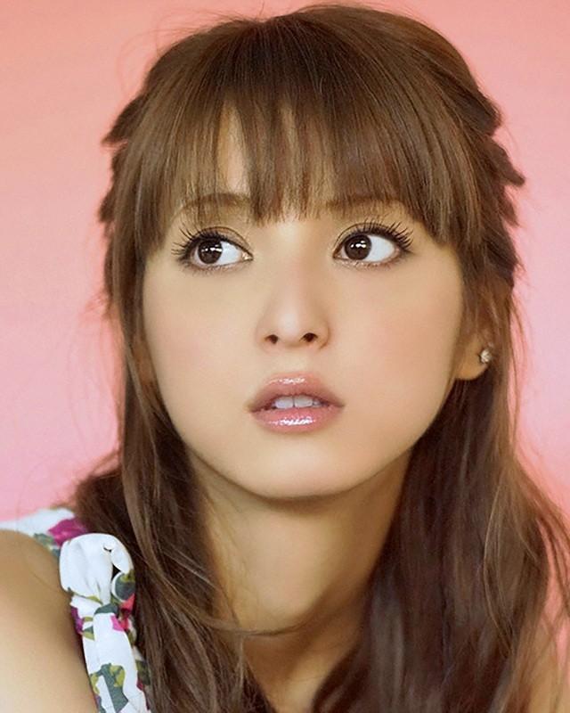 Vẻ ngoài hoàn hảo và gợi cảm của mỹ nhân hàng đầu Nhật Bản bị chồng lừa dối - 8