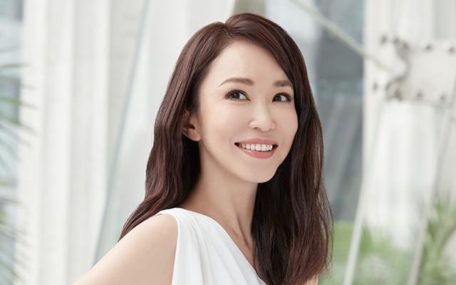 """U50, mặt mộc, nàng Tiểu long nữ """"quốc bảo nhan sắc"""" Singapore sở hữu làn da triệu người mê - ảnh 5"""