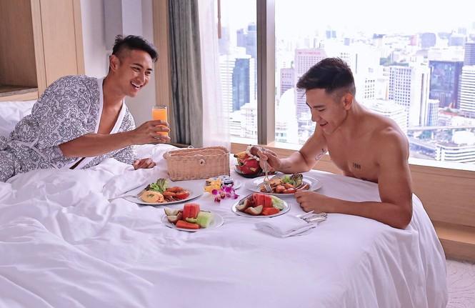Cuộc sống của 5 cặp đôi yêu đồng giới gây chú ý nhất Vbiz giờ ra sao? - 6