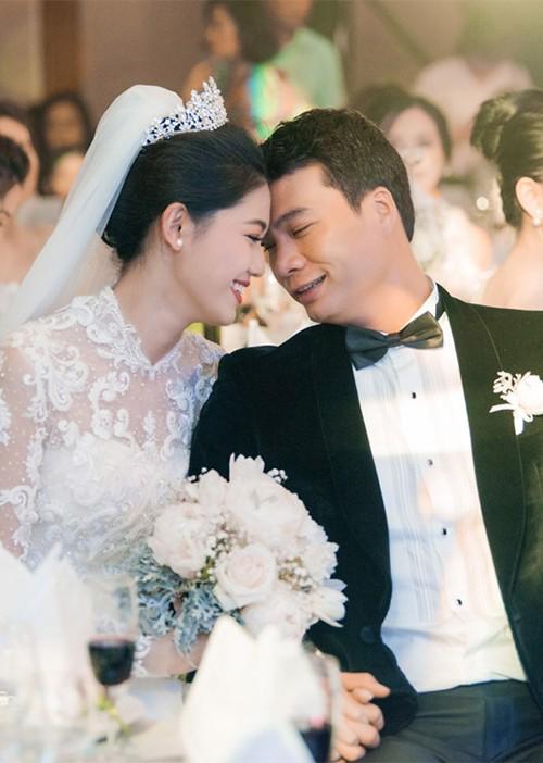 Thanh Tú sinh năm 1994, là á hậu Việt Nam 2016. Cô kết hôn với doanh nhân Nguyễn Thành Phương, ông chủ của một tập đoàn lớn, sau chưa đầy một năm hẹn hò.Anh sinh năm 1978, hơn cô 16 tuổi, từng trải qua một lần đổ vỡ hôn nhân và sở hữu một tập đoàn lớn. Nửa năm sau đám cưới, Thanh Tú sinh con trai đầu lòng.