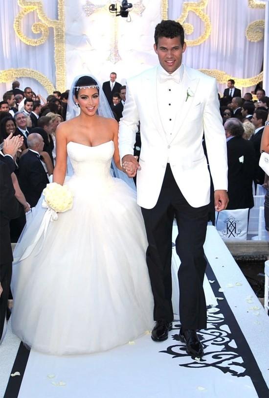 Kim trong đám cưới rình rang với Kris Humphries.