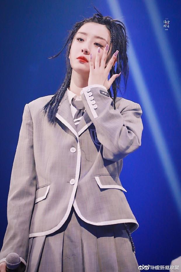Cbiz dồn dập drama: Triệu Tiểu Đường (THE9) muối mặt xin lỗi vì vô tư bóc phốt trên MXH, netizen chỉ trích EQ thấp - Ảnh 2.