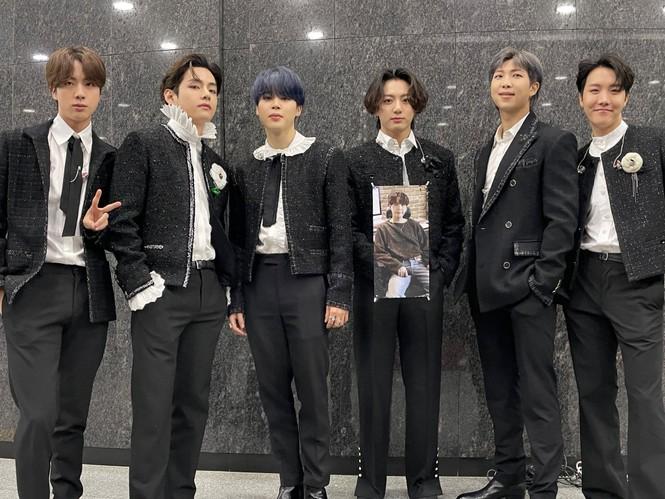 BTS càn quét mọi giải Daesang tại lễ trao giải MMA lần thứ 2 liên tiếp - ảnh 2