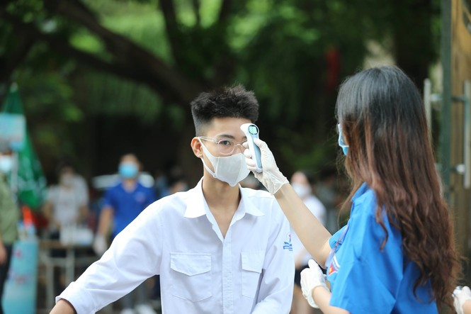 14 thí sinh vi phạm trong ngày thi đầu tiên THPT 2020 - ảnh 1