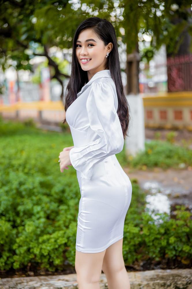 18 tuổi Hoa khôi Sinh viên từng bán trà sữa và đi dạy thêm - ảnh 4