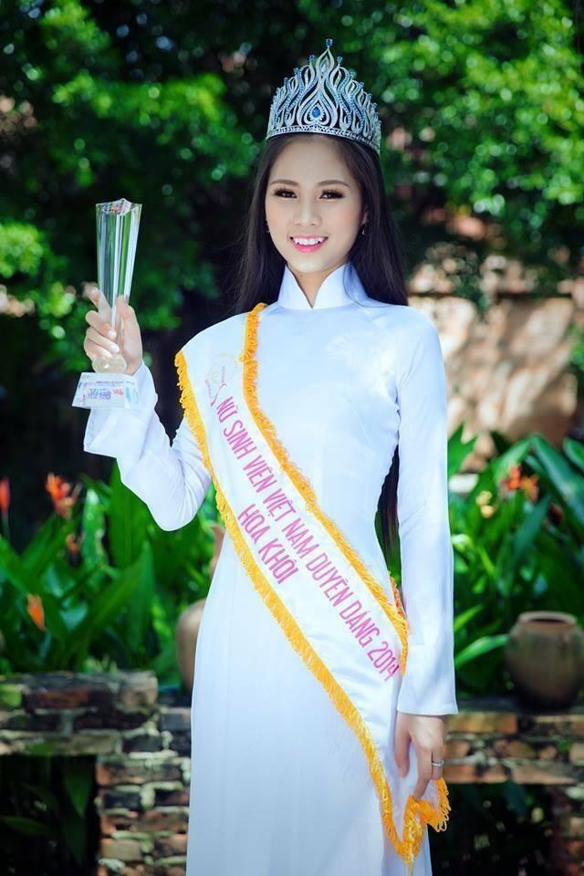 18 tuổi Hoa khôi Sinh viên từng bán trà sữa và đi dạy thêm - ảnh 3