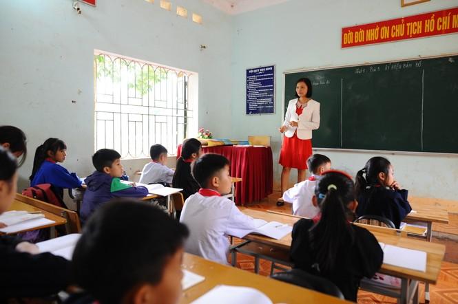 Kiểm tra, bảo trì cơ sở vật chất đảm bảo an toàn trường học  - ảnh 1